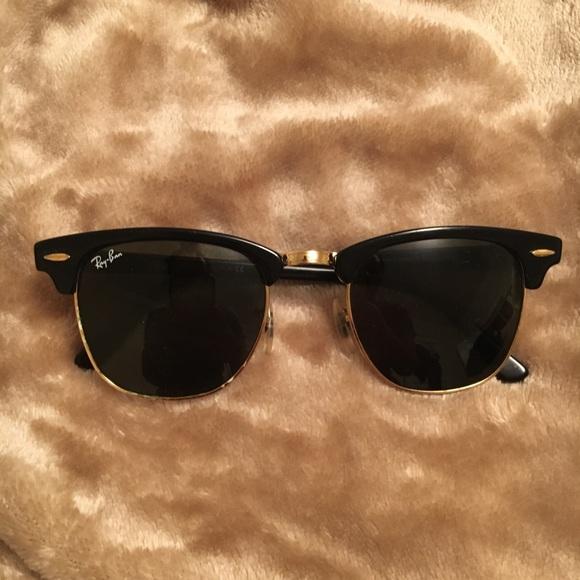 3ea5c09dad0 Ray-Ban Clubmaster Sunglasses. M 5a7166baf9e501d7e68028cd